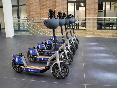 E-Scooter Flotte der Zurich Gruppe Deutschland