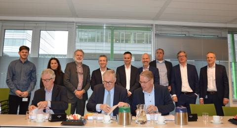 VZVZ vernieuwt in uitwisseling in de zorg met partners DXC Technology en Visma Connect