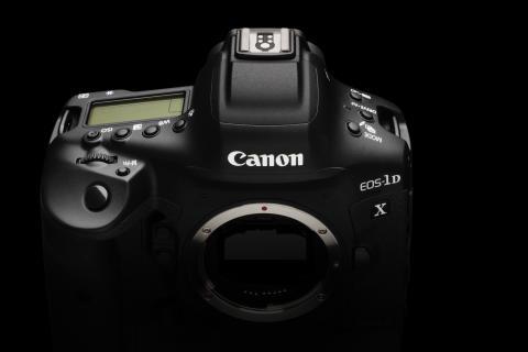 Canons nya supersnabba actionhjälte är här: EOS-1D X Mark III