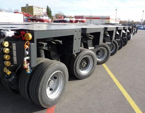 48-wheel maneuverability - all controlled by Cavotec radio remote units