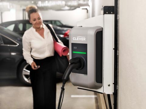 CLEVER blir HSB Norra Stor-Stockholms exklusiva partner för elbilsladdning