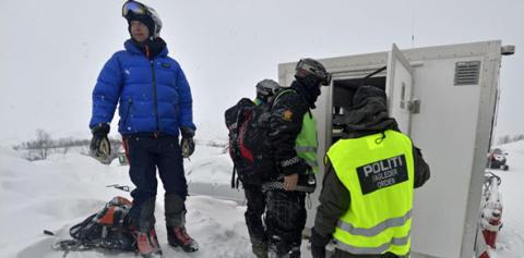 Nedprioriterer ulykkesrapportering, men fokuserer på snøskredforskning