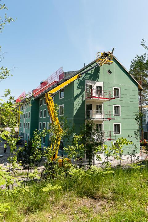 Produktionen av 64 hyresrätter i Hässelby pågår