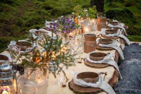 Världen pratar om gourmetmåltid i svenska naturen