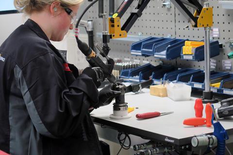 Beslut att lägga ned industritekniskt program obegripligt enligt industrin