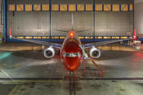 Norwegian's LN-DYN in the hangar
