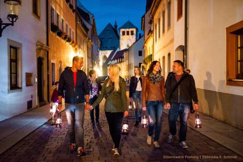 Romantische Laternen-Wanderungen durch die Silberstadt® Freiberg