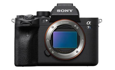 Sony anunță o nouă soluție pentru apeluri video și transmisiuni live rapide și de înaltă calitate, compatibilă cu 35 de modele de camere foto Sony
