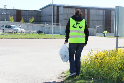 Följ med Gästrike återvinnares nya förbundsdirektör på skräpplockarrunda