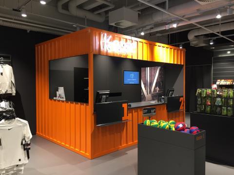 Das neue Store-Konzept mit einer offenen Gestaltung des Ladenbaus, modernen Elementen und einem neuen Lichtkonzept bieten ein optimales Einkaufserlebnis.