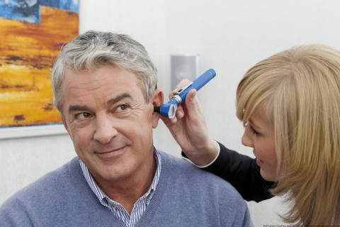 Wissenschaftliche Analyse zeigt: Hörgeräte können die kognitive Leistungsfähigkeit bei Schwerhörigen verbessern