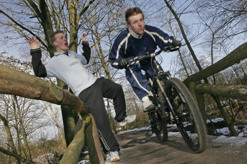 Jogger trifft Mountainbiker