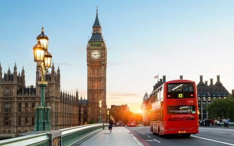 BLI MED FRENDS TIL LONDON