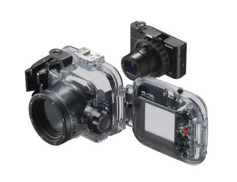 Sony aggiorna il software delle fotocamere RX100M3, RX100M4 e RX100M5 per migliorarne il funzionamento in acqua