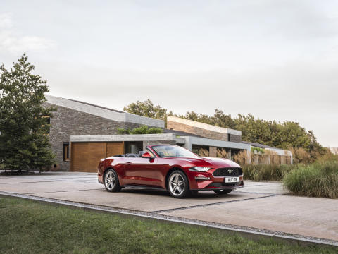 FORD MUSTANG 2017 (14)