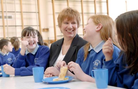 Leading academic receives prestigious children's food award