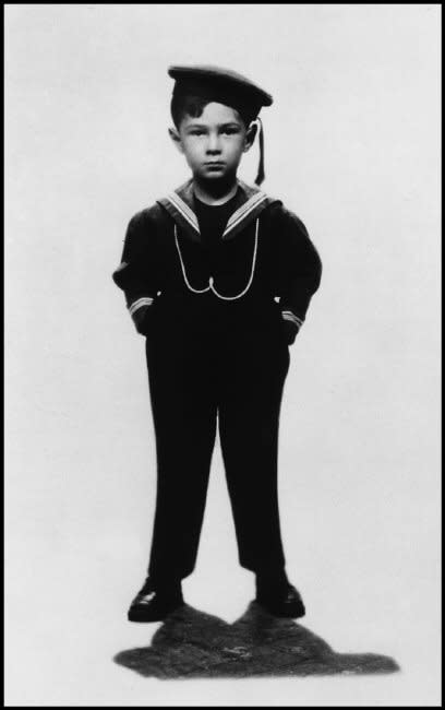 ITALY, Milan - 1933 - Elliot Erwitt, Age 5