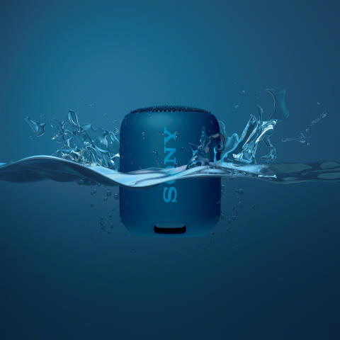 SRS_XB12_Package_water_blue-Mid