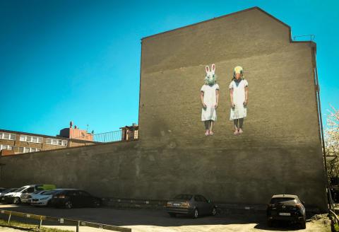 Humlegården stödjer konstprojektet Moving Murals Hagalund - ett unikt möte mellan gatukonst och film