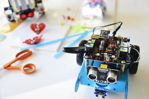 Väsbys Makerspace arrangerar workshop för lärarstudenter