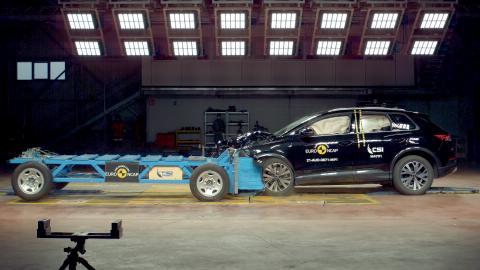 Audi Q4 e-tron - Mobile Deformable Progressive Barrier test - Sept 21.png