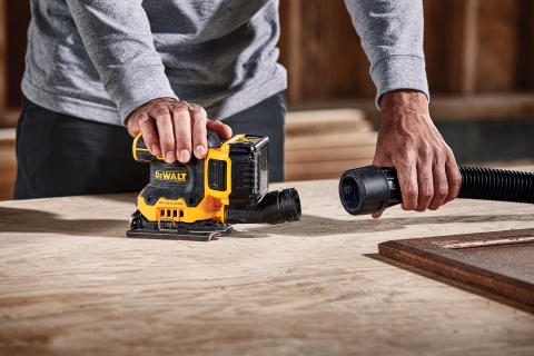 DEWALT Announces 20V MAX* XR® 1/4 Sheet Sander