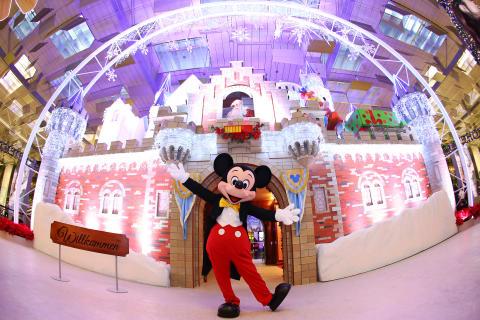 Changi Airport transforms into an around-the-world winter wonderland this Christmas