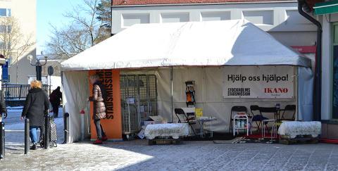 Hyresgäster samlar in kläder till Stockholms Stadsmission