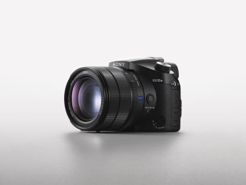 Sony_DSC-RX10M4_02