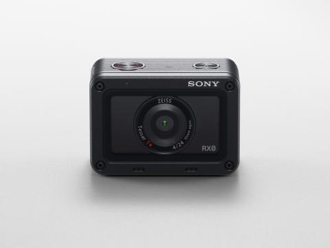 Sony_DSC-RX0_01