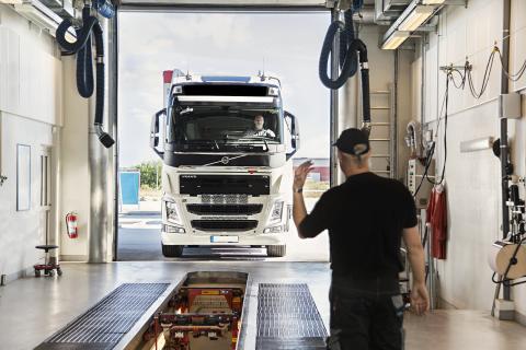 Besikta: Besiktning av tungt fordon