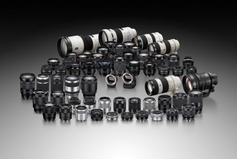 Sony agrandit sa gamme d'objectifs α  en monture A avec deux nouvelles optiques Zeiss® ultra performantes