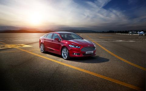 Nye Ford Mondeo - nå også med AWD - kommer til Norge november 2014