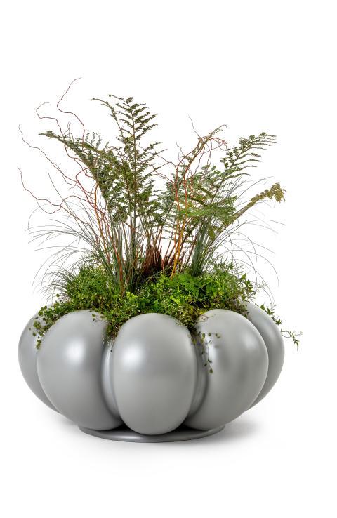 Lotus planter, design Anna Kraitz