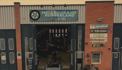 Hellsingland Underground skildrar livet på en däckverkstad