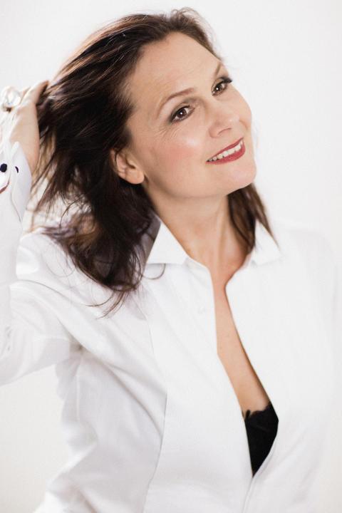 Anna Larsson, sångerska