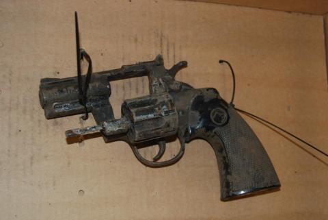 Replica firearm found in Wavertree following report