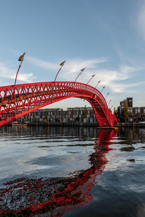 Python Bridge_Sony_Alternative_Guide_To_Amsterdam