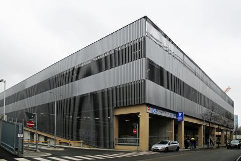 Die Außenansicht des Fernbus-Terminal Hbf Leipzig