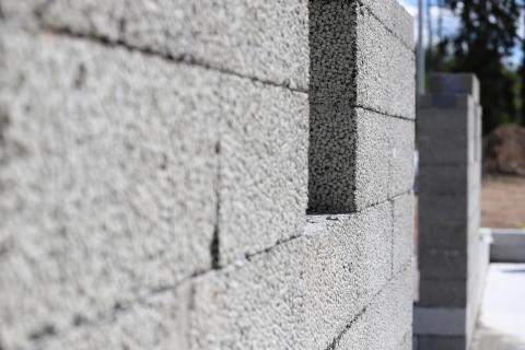 Finjas mur- og isolerblokk teknisk godkjent av SINTEF