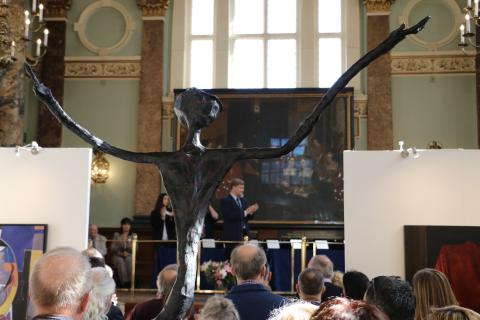 """""""Nowhere to hide"""" sculpture awarded at successful London Art Biennale."""