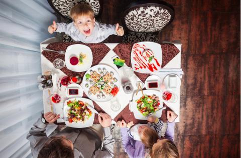 Lapsiperheet ravintolassa