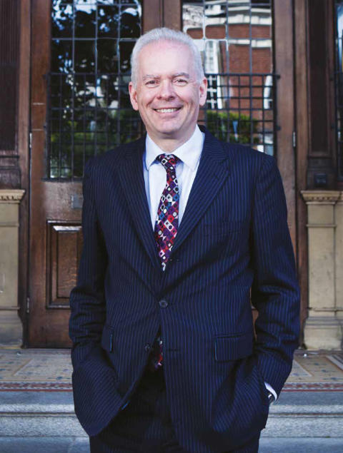 The Queen honours Vice-Chancellor