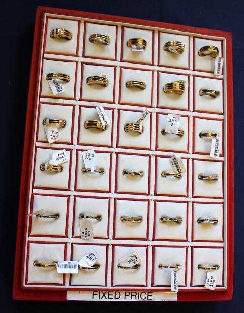 Seized jewellery [1]
