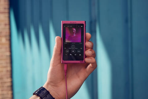 ​Nouveau NW-A35 Walkman : la mode rejoint le son Hi-Res Audio