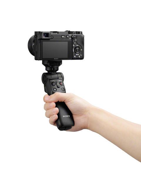 Společnost Sony představuje nový grip pro snímání GP-VPT2BT s bezdrátovým dálkovým ovladačem