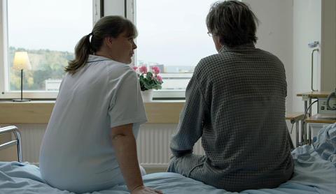 Patientkontakt utan närkontakt – om cancervårdens känsliga samtal under pandemin