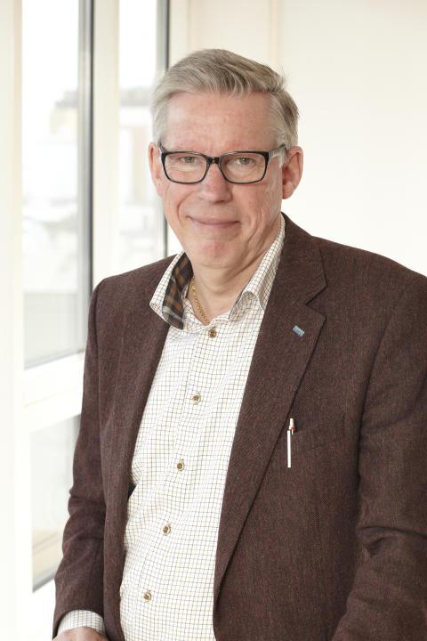 Lars-Inge Persson, kraft & värme