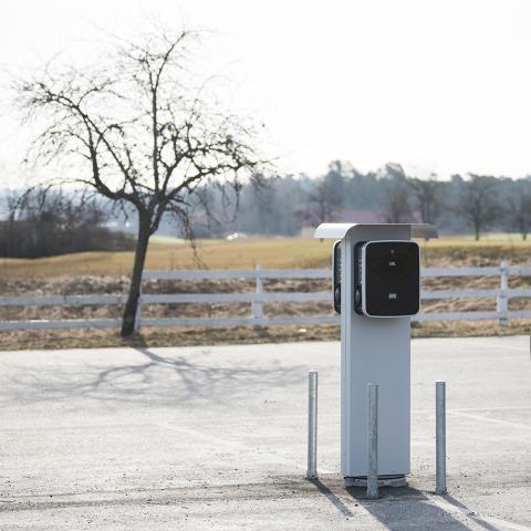 Anrik Golfklubb slår ett slag för elbilsladdning