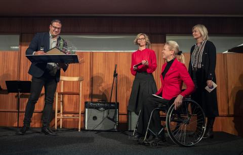 George Nikolakopoulos, Birgitta Bergvall-Kåreborn, rektor vid Luleå tekniska universitet, Anna Edin och Carola Ärleborg, Nordea Norrlandsfonden